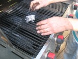 cheap way to clean the grill