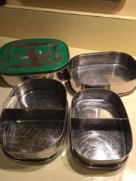 zero waste oldest set lunchbox not leakproof but still good