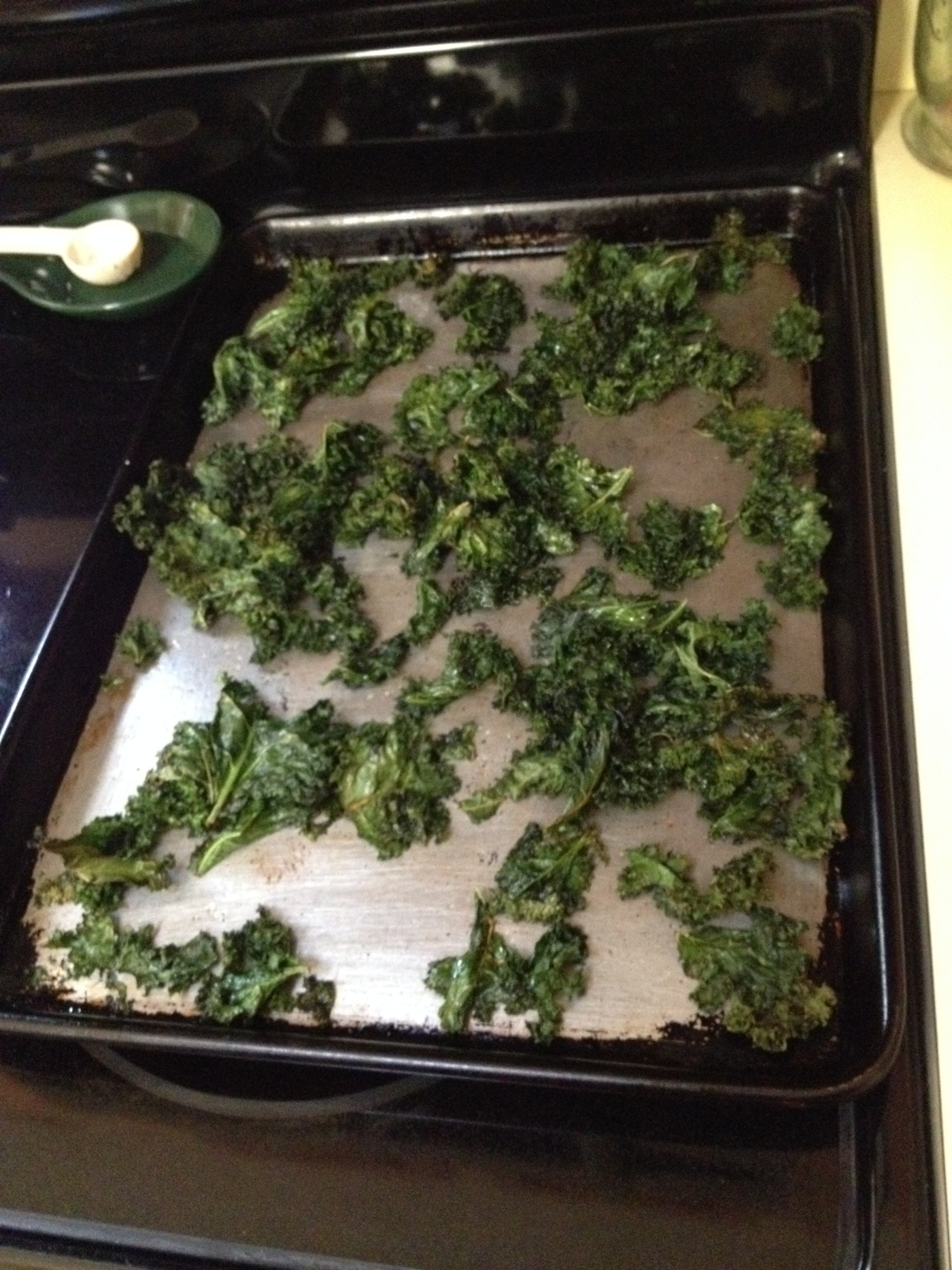 3) It's typical for kale leaves to shrink as they crisp up.